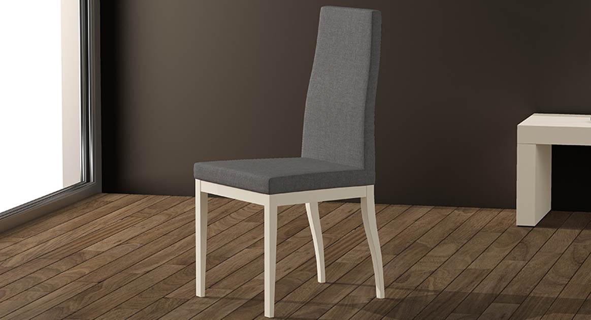 Silla en madera maciza muy elegante, posibilidad de elegir acabado y tapizados